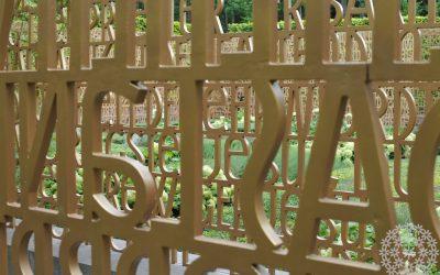Uusi väri puutarhassa – himmeän matta kulta